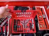 Каждому бы такой набор инструментов в гараже