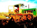 Вспашка зяби, трактор ДТ-75Б с плугом ПЛН-4.35 1
