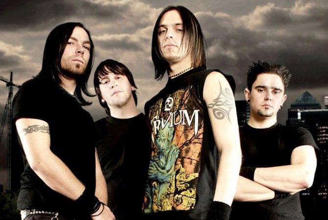 музыканты группы Bullet for My Valentine в футболках
