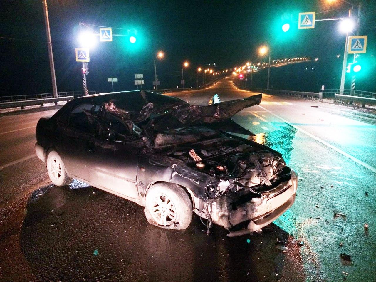 На трассе «Ростов-Таганрог» столкнулись «МАЗ» и Hyundai Accent, пострадала женщина