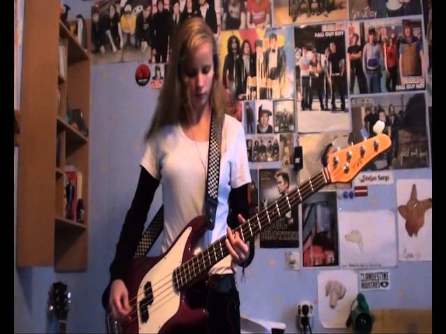 Laura - Red, White and Brainwashed (Anti-Flag bass cover)