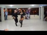 До чего же красив танец в исполнении Джорджа Бургоса и Татьяны Кенсингер!