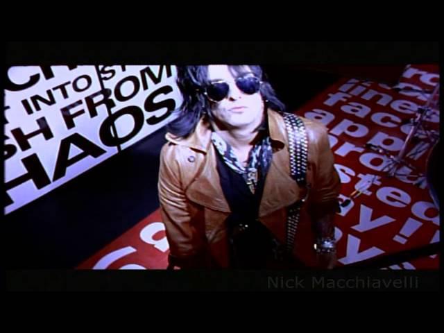 Mötley Crüe - Hooligan's Holiday Music Video
