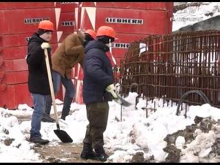 """Генеральная уборка: как студенты самарских вузов помогли строителям стадиона """"..."""