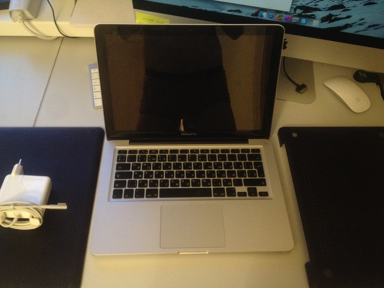 Продам MacBook Pro, Late 2011 2,4GHz, 4Gb