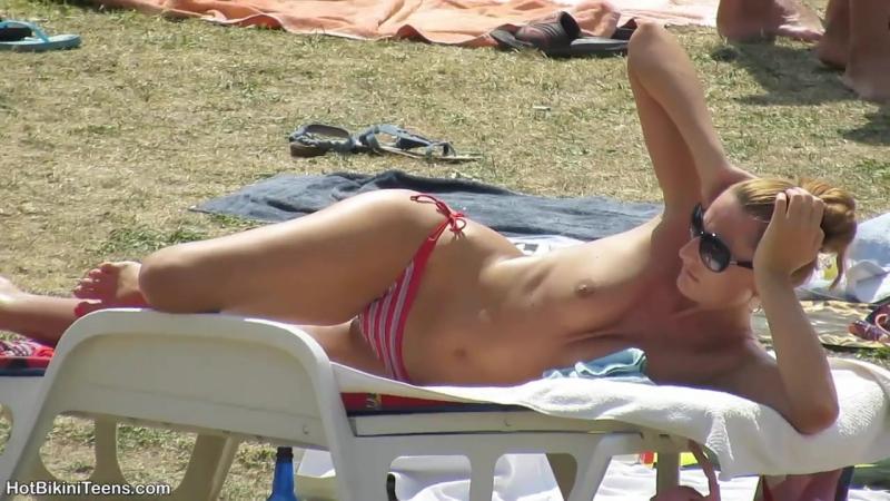 Sexy Bikini Girls Tanning At The