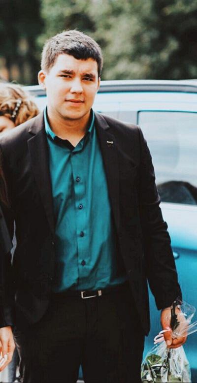 Юрий Великанов