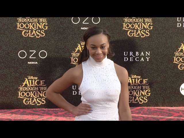 Nia Sioux Frazier Alice Through the Looking Glass Premiere Red Carpet DanceMoms