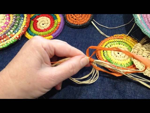 Craft School Oz Starting a circle for a coiled basket using a magic circle