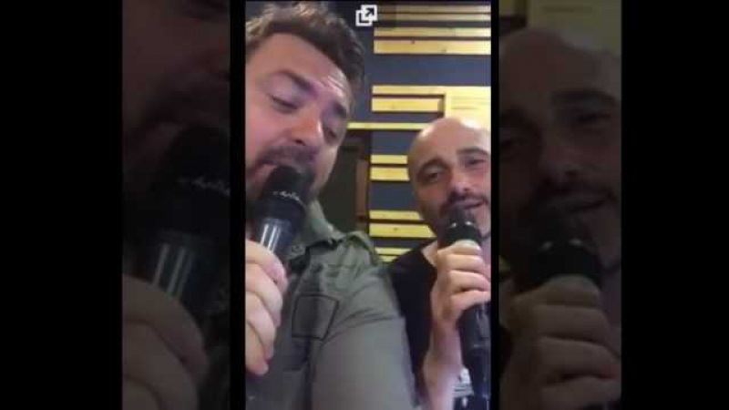 Horia Brenciu si Voltaj canta : copii vrem mereu sa fim..