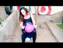 Sexy Twerking - [BALLOON POP Up] Hot Babe Looner Girl Set to Popping the Balloon in Yoga Pants