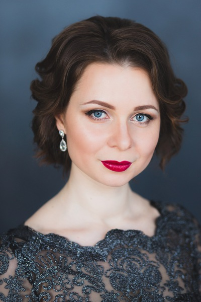 Алина Звежинская