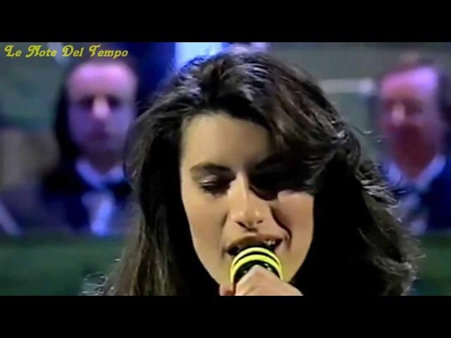 Laura Pausini - La Solitudine (1993)