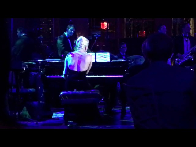 Lady Gaga - Bad Romance (Tony Bennett's Birthday Celebration)
