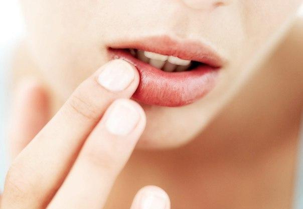 Чем можно вылечить простуду на губе в