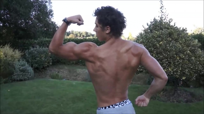 18yo Bodybuilder Kieran - Outdoor Muscle Flexing and Posing 3 Weeks Out from BNBF (HD)