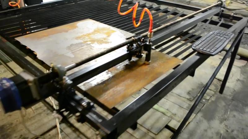 Применение ЧПУ аппарата плазменной резки (плазмореза) своими руками www.armatura.com
