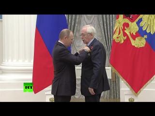 Ливанов сказал Путину «даже не думать» уходить с поста