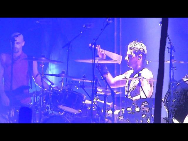 RAMMSTEIN - MEIN TEIL (intro, Schneider on the drums), 03.02.2012, Hannover, TUI-Arena