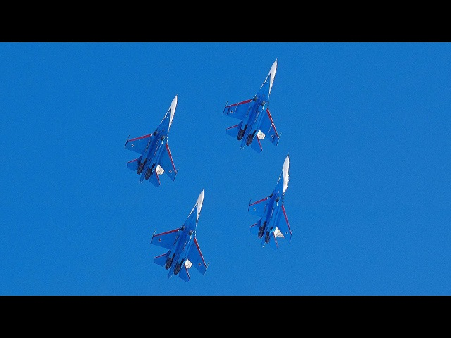 Высший пилотаж «Русских витязей» в индийском небе dscibq gbkjnf; «heccrb[ dbnzptq» d bylbqcrjv yt,t