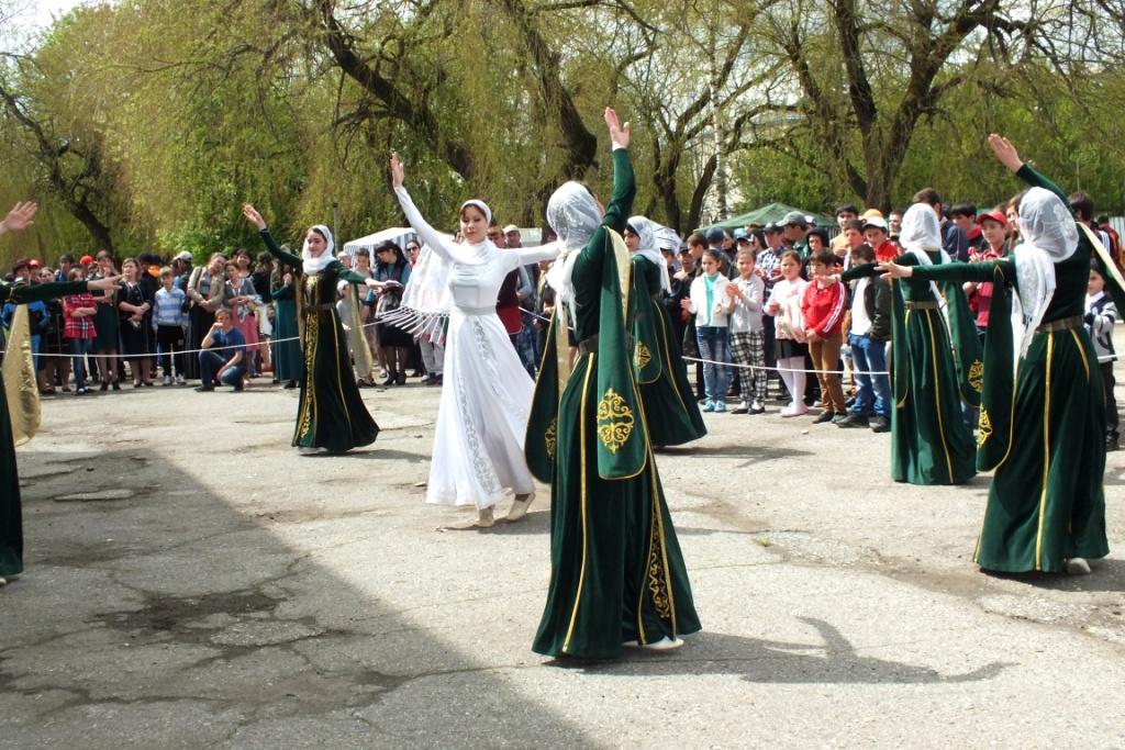 В Зеленчукском районе отметят 60-летие со дня возвращения карачаевского народа масштабным концертом