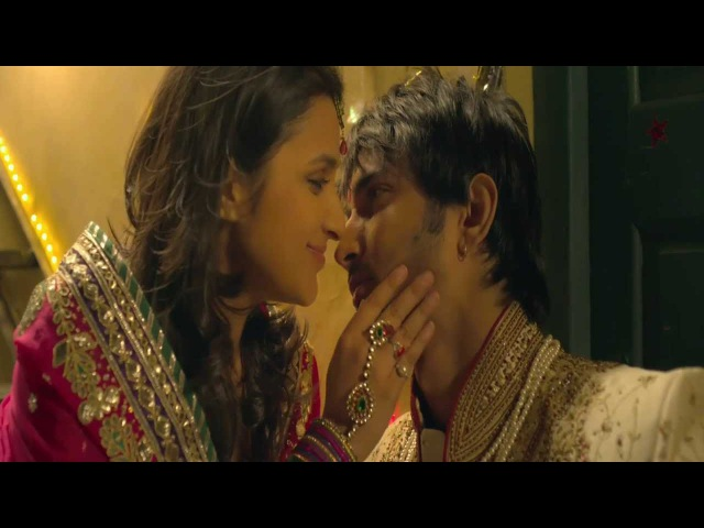 Parineeti chopra kissing Sushant Singh Rajput in SUDDH DESI ROMANCE - HD