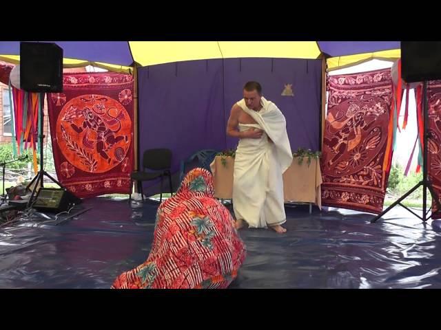 Брахмотсава 2013, Спектакль История о брахмане Бхатачарье.