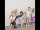 Дети выполняют Grand Battement jete 😎😄