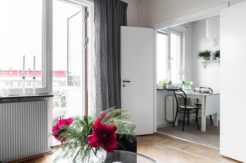 Квартира-студия 36 м с проходной кухней.