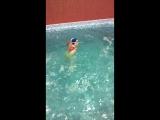 Будущий чемпион по плаванию