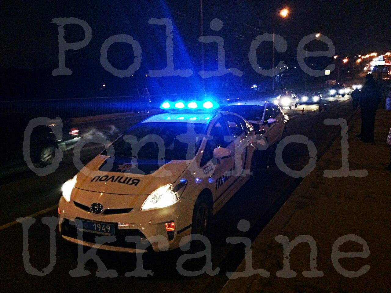На Салтівці патрульна машина потрапила в ДТП (ФОТО, ВІДЕО) - фото 2