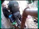 Policiais militares da Rocam torturam preso algemado
