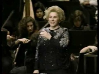 Ghena DIMITROVA - Scena and aria of Lady Macbeth - MACBETH by Giuseppe Verdi