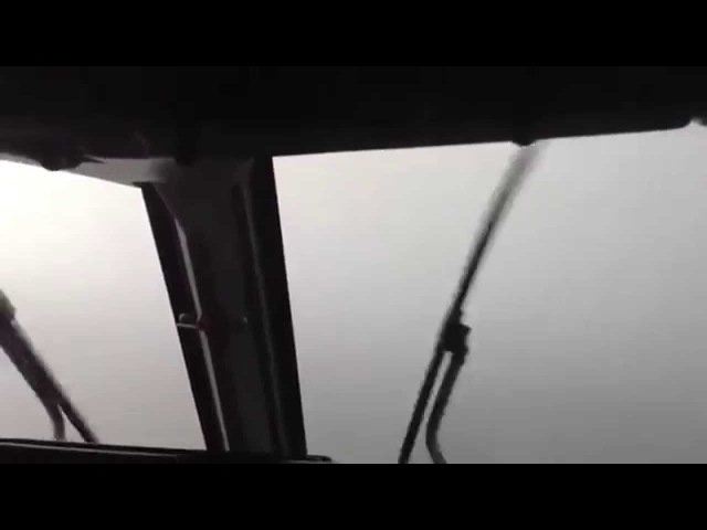 Dangerous Landing during heavy storm- Runway appears on final - Cockpit view