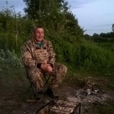 Олег Исенбаев