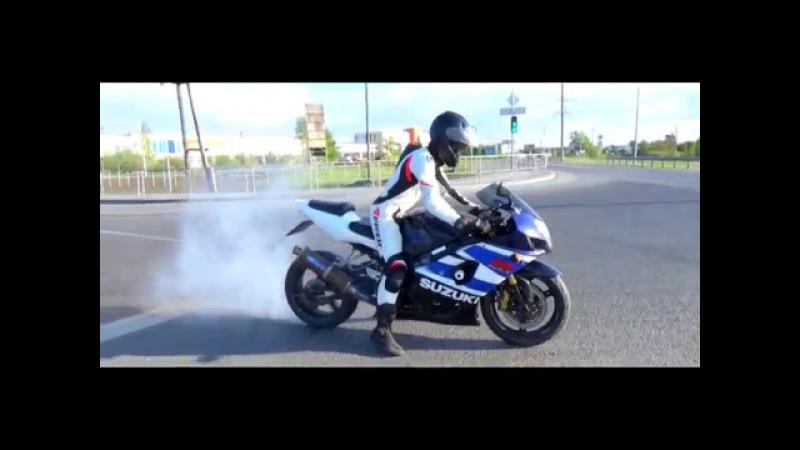 Андрей Рогозинский участник движения мототакси Suzuki GSX R1000
