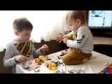 Маша и Медведь яйца Открываем игрушки!Олег и Марк!