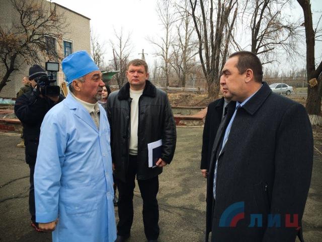 Плотницкий в больнице.В Луганске взорвана машина главы ЛНР