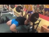 Иван Подрез жмёт 200 кг на 4 повтора без экипировки!