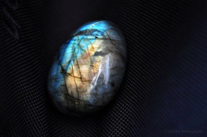 L8nLUYwGErg - 25 потрясающе красивых и редких камней