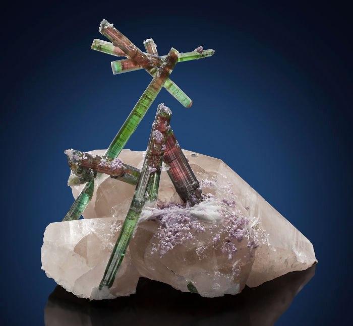 bpP5AiY UsU - 25 потрясающе красивых и редких камней
