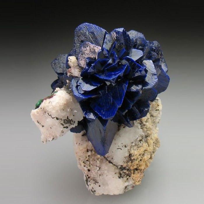 X57UZsxdx Q - 25 потрясающе красивых и редких камней