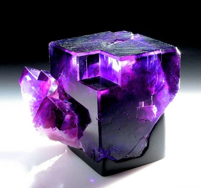 zVoJGUrKEWI - 25 потрясающе красивых и редких камней