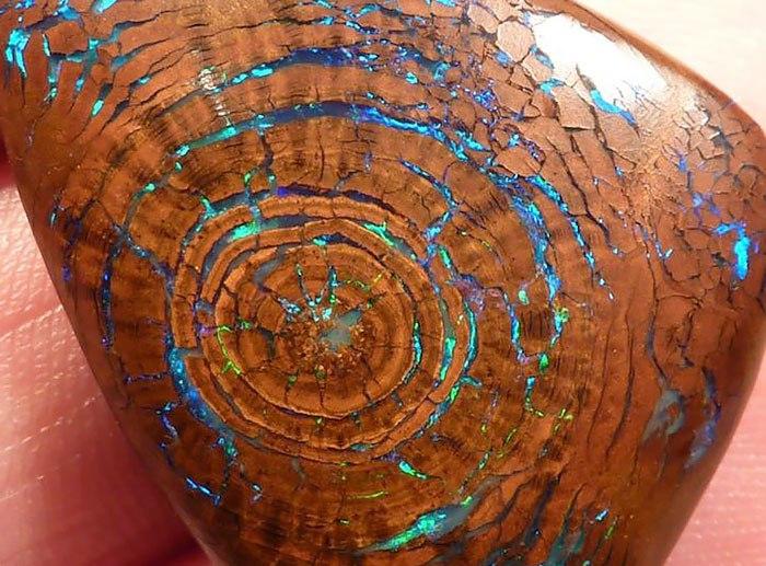 HUeLv6Wfpzk - 25 потрясающе красивых и редких камней
