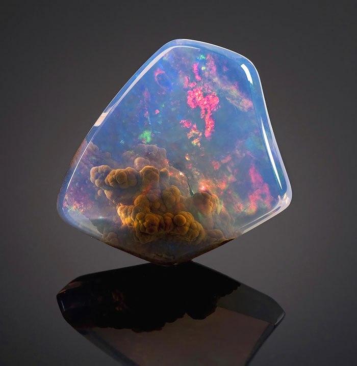 uxY5oglIVYo - 25 потрясающе красивых и редких камней