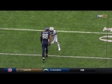 Jimmy Graham twists body for one-handed grab