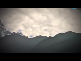Кто превратил вершину Гималаев в пирамиду؟ То, что увидели альпинисты, было выше их понимания