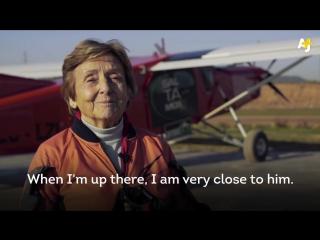 Montse Mechó 83-х летняя парашютистка из Барселоны