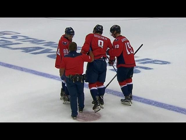 Ovechkin needs help leaving the ice after low Kadri hit / Овечкин получил травму и покинул лед с помощью партнеров, вернулся в и