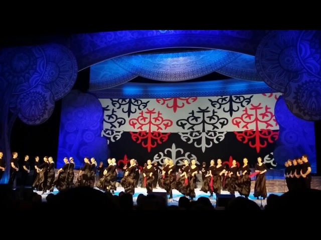 Казачий круг 2016(Хор им. М.Е. Пятницкого,Русские фантазии на тему терских танцев)